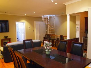 Beautiful 2BR/2BA with Rooftop Deck near the Empire State Building! - New York City vacation rentals
