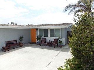 1064 D - Lovely Home at Pierpont Beach!! - Ventura vacation rentals
