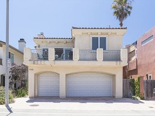 5430 R - Mandalay Green Reef House - Beautiful Beach House Steps to Sand - Oxnard vacation rentals