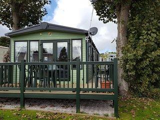 SUNNY 3 Bedroom - Blackpool vacation rentals