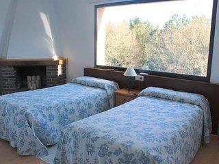 Room in A Igrexa, Santiago de Compostela 103719 - Tronceda vacation rentals