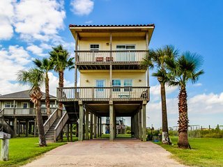 Dog-friendly oceanfront home with great views, lovely kitchen and deck - Galveston vacation rentals