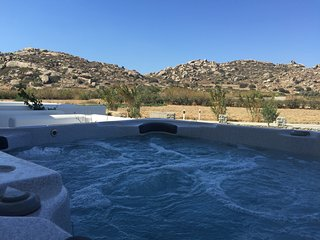 Luxury villa with jacussi ( free car rental) - Plaka vacation rentals