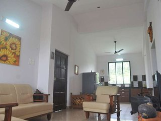 Beautiful apartment close to Panaji - Chimbel vacation rentals