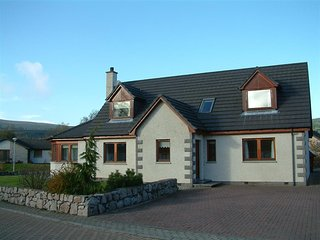 Craigmore Lodge in Aviemore 5 bedroom with hot tub - Aviemore vacation rentals