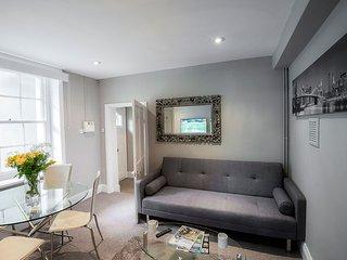 ServicedLets Montpellier Apartments 1 - Cheltenham vacation rentals