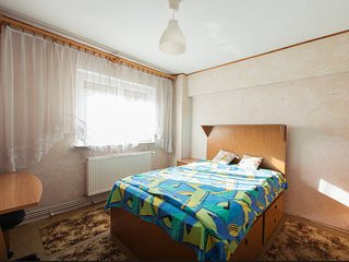 Perfect Condo with Central Heating and Balcony - Brasov vacation rentals