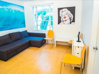 City Center Modern Two Bedroom on Collins Ave - Miami Beach vacation rentals