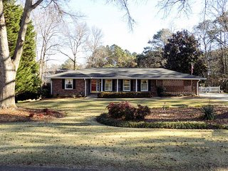 1 bedroom Bed and Breakfast with Internet Access in Douglasville - Douglasville vacation rentals