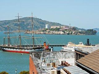 6 Bedroom Fisherman's Wharf with Views! - San Francisco vacation rentals