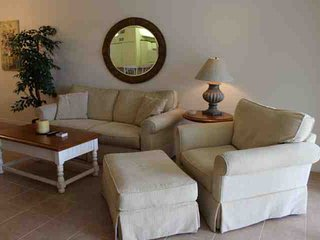 Beautiful Condo with Internet Access and A/C - Fort Myers vacation rentals