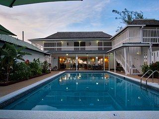 Perfect 3 bedroom Villa in Runaway Bay - Runaway Bay vacation rentals