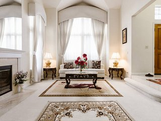 Impressive Exec. Luxury Home w/Pool, Spa & Gazebo - Union City vacation rentals