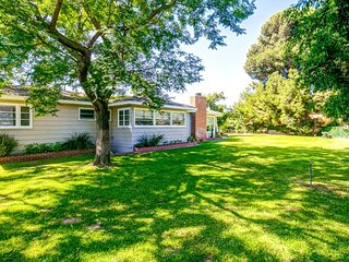 Furnished 1-Bedroom Home at Fairhaven Ave & Flint Dr North Tustin - Tustin vacation rentals