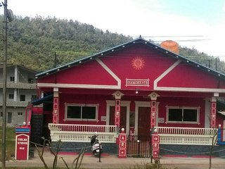 THELMA STUDIOS-Premium, Family-Only B&B Homestay-V - Madikeri vacation rentals