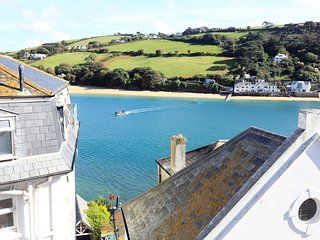 Ferrywatch located in Salcombe, Devon - Salcombe vacation rentals