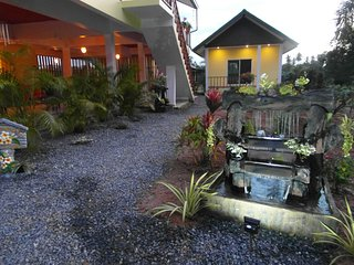 Beautiful Bed and Breakfast with Internet Access and A/C - Sichon vacation rentals