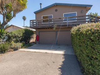 Nice Condo with Television and Trampoline - Morro Bay vacation rentals