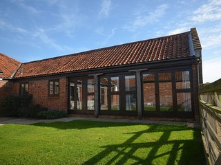 Beautiful House with Internet Access and Private Indoor Pool - East Rudham vacation rentals