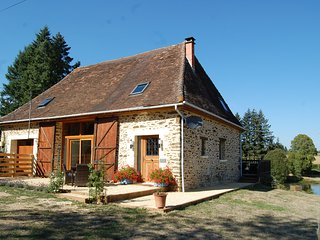 Luxury Barn with Hot Tub & Fresh Water Swimming Lake - Saint-Priest-les-Fougeres vacation rentals