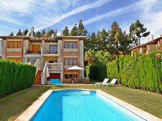 4 bedroom 3.5 bathroom Villa with Private pool - Sitio de Calahonda vacation rentals