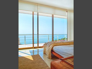 3.5 bedroom Modern Ocean View Villa - Nerul vacation rentals