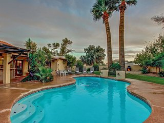 4 BDRM RESORT HOME ❤️ Best Scottsdale Area/Heated*Pool/Hot Tub & Putting Green - Phoenix vacation rentals