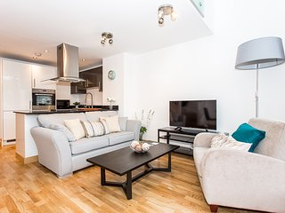 Stunning Central Luxury Apartment - Southend-on-Sea vacation rentals
