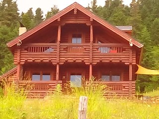 Lovely Chalet with Deck and Balcony - Karpenissi vacation rentals