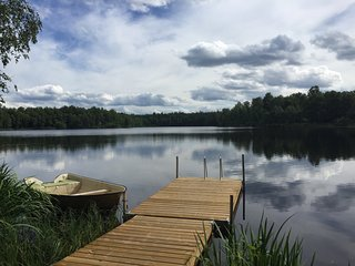 Cousy house by lake and forest - Bjarnum vacation rentals