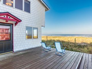 Brownlie's Beach House, Beach Front , 3 BR, Slps 6 - Rockaway Beach vacation rentals