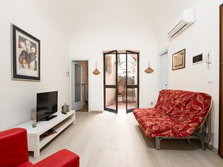 Lovely Condo with Internet Access and A/C - Viareggio vacation rentals