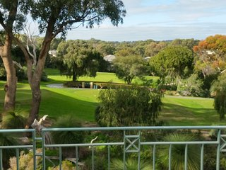 JOONDALUP GOLF RETREAT  Something Special - Connolly vacation rentals