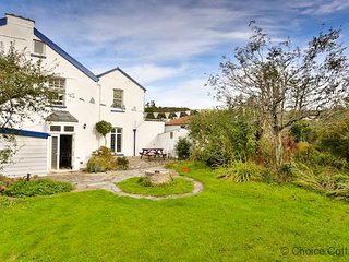 BRAUNTON THE LAURELS | 6 Bedrooms - Braunton vacation rentals