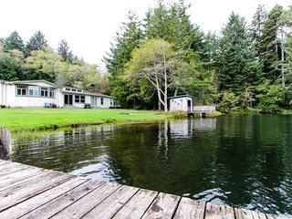 Spacious, waterfront, dog-friendly home w/ dock & private hot tub - Florence vacation rentals