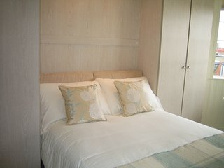 Stylish, Bijou Studio - Chelsea - 6th floor - London vacation rentals