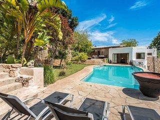 Traditional renovated villa close to town & beach - San Carlos vacation rentals