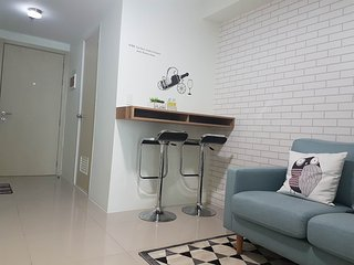 Interior designed One Bedroom in Bel Air - Makati vacation rentals