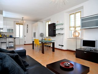 VILLA 800 - Design Apartment with Lake view and 4 Balconies - Bellagio vacation rentals