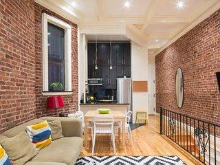 La Casa de Mis Primos Arisa - New York City vacation rentals
