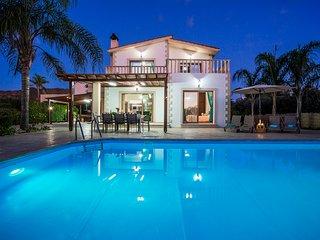 Villa Astro, Argaka, Just 100m from Sea & Taverna - Argaka vacation rentals