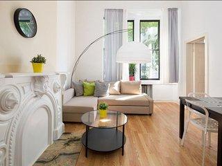 La Casa de Mis Primos KELLY - New York City vacation rentals