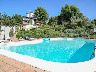 6 bedroom Villa with Internet Access in Santa Maria della Versa - Santa Maria della Versa vacation rentals