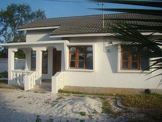 Nice 1 bedroom House in Uroa Village with Internet Access - Uroa Village vacation rentals