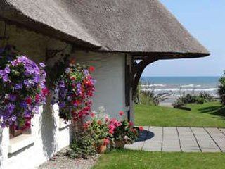 Bright Cottage with Satellite Or Cable TV and Television - Bettystown vacation rentals