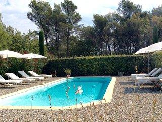 Charmant gite***piscine, WIFI,15km Aix-en-Provence - Fuveau vacation rentals