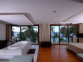 d'Vision - Room with indoor tub facing the beach - Boracay vacation rentals