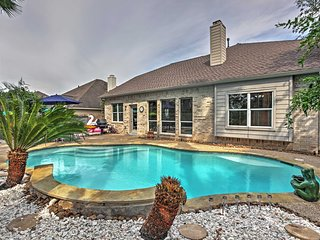 5BR Pearland House w/Convenient Location! - Pearland vacation rentals
