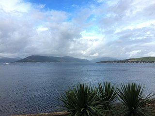 Watrefront Apartment with Beautiful Views - Gourock vacation rentals
