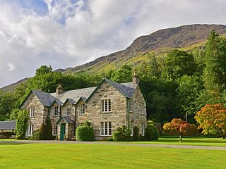 9 bedroom House with Internet Access in Glen Lyon - Glen Lyon vacation rentals